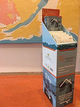 Broschürenständer von Zukunft Altbau für Kommunen und Energieberaterbüros
